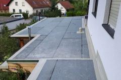 Abdichtung-einer-Terrasse mit Flüssigkunststoffanschlüssen